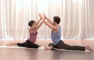 partner yoga pigeon 1