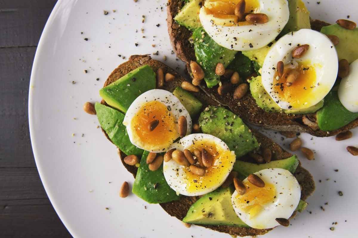 3 Reasons You Should Eat Protein And Fat ForBreakfast