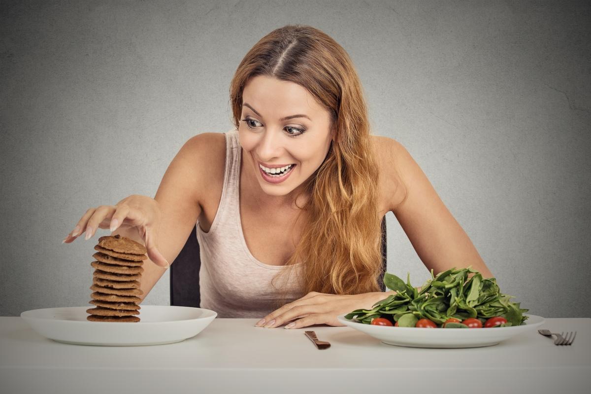 7 Tips To Decrease SugarCravings